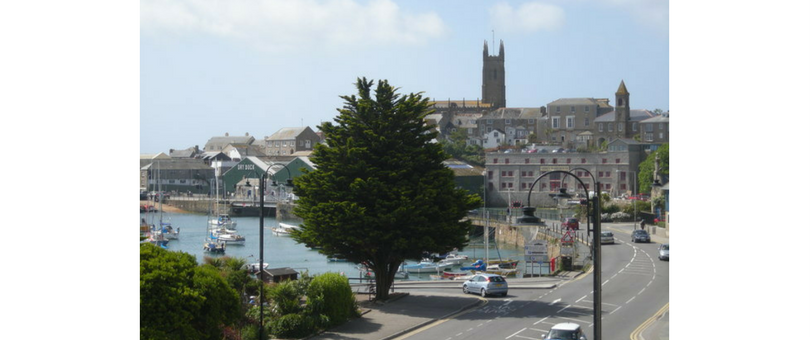 book holidays in Cornwall