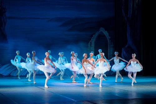 adult-ballerina-ballet-358024