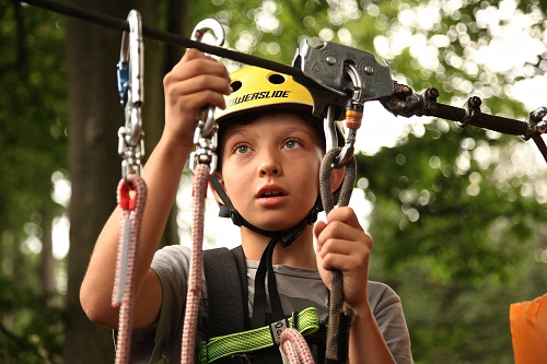 boy-carabiners-child-434400