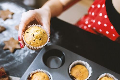 baking-cupcakes-dessert-242429